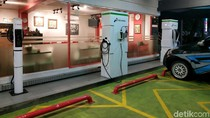 Tempat Ngecas Mobil Listrik akan Tersedia di Stasiun hingga Mal