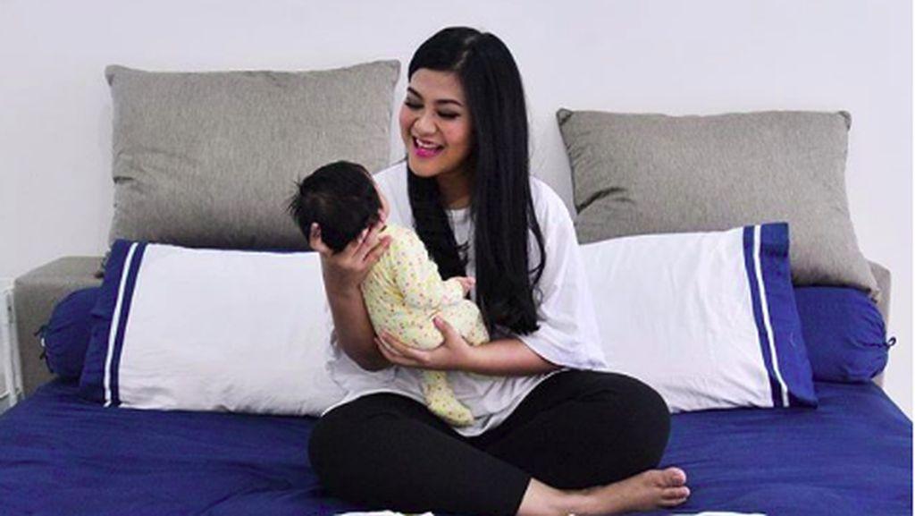 4 Hal soal Rambut Bayi Tebal Seperti Cucu Jokowi, Bunda Perlu Tahu