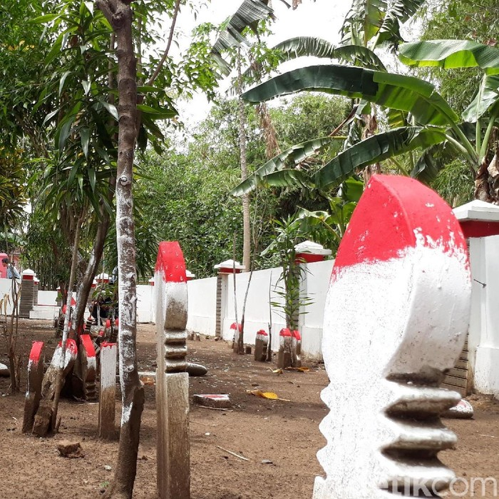 Foto ilustrasi: Taman Makam Pahlawan Pagerayu, Brebes (Imam Suripto/detikcom)