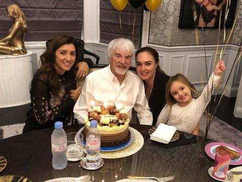 Tamara dan ayahnya Bernie Ecclestone, mantan bos Formula 1 (F1).