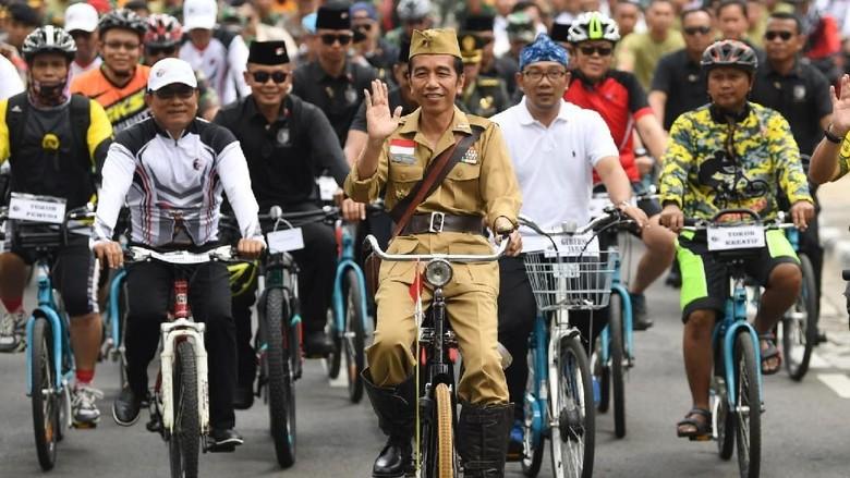Alasan Jokowi Bergaya ala Bung Tomo: Semangat Perjuangan