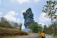 Garuda Wisnu Kencana yang megah dari kejauhan (Syanti/detikTravel)
