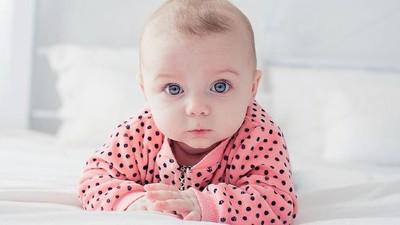 15 Nama Bayi Bermakna Pengetahuan