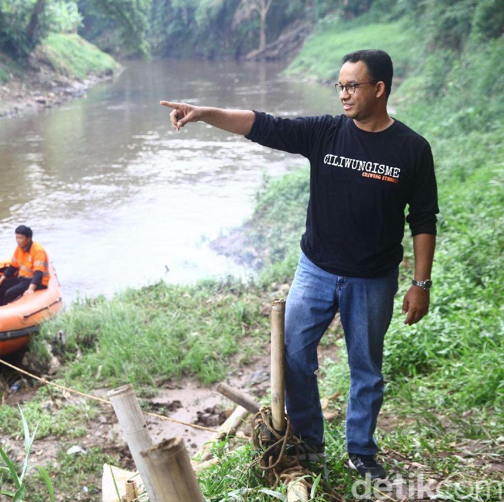 Anies Akan Cek Legalitas Rumah Warga Bantaran Kali di Pademangan