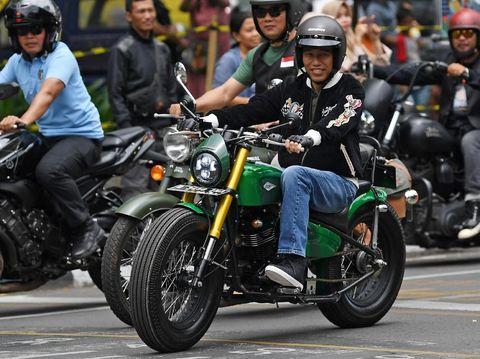 Jokowi Pakai Jaket Bubur Ayam Racer, Ini Cerita di Baliknya