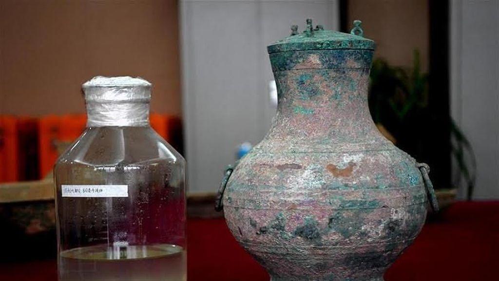 Wouw! Wine Berusia 2.000 Tahun Telah Ditemukan di China