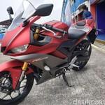 Yamaha Pamer Obat Ganteng R25, Harga Rp 2 Jutaan
