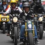 Digeber di Bandung, Lampu Motor Jokowi Sudah Menyala