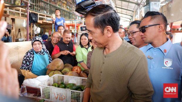 Presiden Joko Widodo mengunjungi Pasar Cihaur Geulis, Kota Bandung, beberapa waktu lalu.