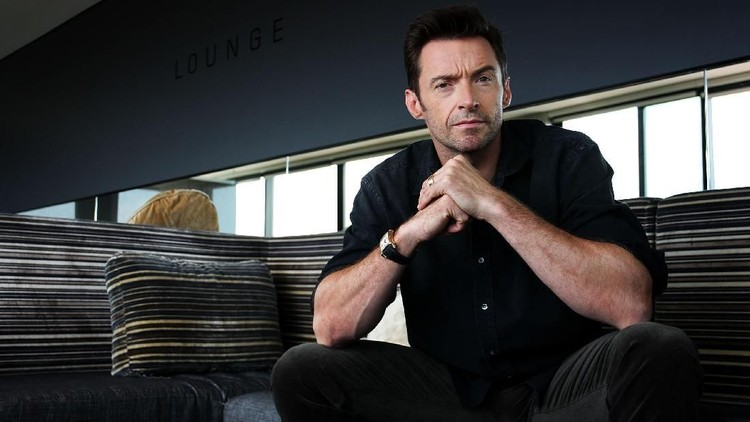 SYDNEY, AUSTRALIA - SEPTEMBER 27:  Australian actor Hugh Jackman poses during a photo call to promote his new film Real Steel at the Intercontinental Hotel on September 27, 2011 in Sydney, Australia.  (Photo by Lisa Maree Williams/Getty Images)