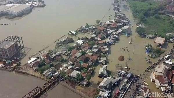 Dahsyat! Potret Banjir di Kabupaten Bandung Dilihat dari Udara