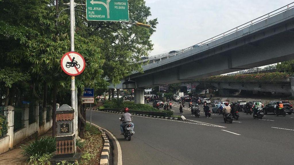 Ini Lokasi ABG Cengtri Nyelonong ke Tol Tomang