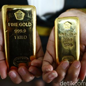Harga Emas Antam Naik Rp 4.000 ke Rp 666.000/Gram