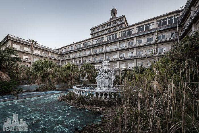 Hotel terbesar di Jepang ini sudah tak digunakan lagi. Istimewa/deadinside.eu/boredpanda.
