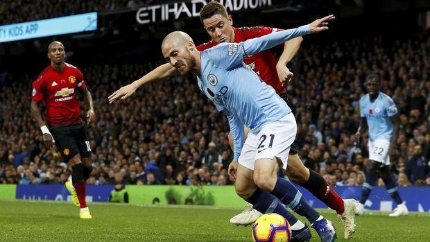 Man City menang 3-1 atas Man United dalam Derby Manchester pertama di musim ini.