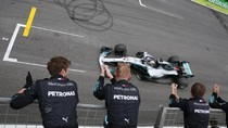 Hamilton Menangi GP Brasil