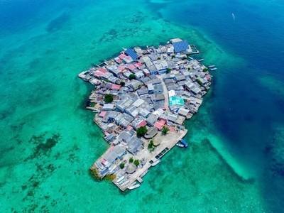 Foto: Pulau Terpadat Sedunia, Tanpa Kriminal & Polisi