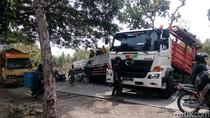 Evakuasi Truk yang Terperosok Rampung, Jalan Purwodadi-Solo Lancar