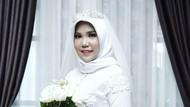 Viral Potret Wanita Menikah Sendirian, Calon Suami Jadi Korban Lion Air