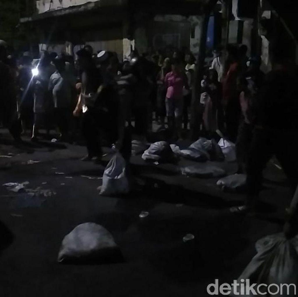 Ricuh Penertiban PKL Gembong, Satpol PP Ngaku Sudah Sosialisasi