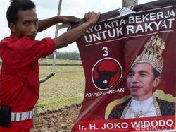 PDIP Temui Pemasang 'Raja Jokowi', Diupah Rp 5 Ribu/Poster