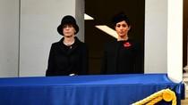 Meghan Duduk Terpisah di Acara Resmi dari Sang Ratu dan Kate, Kenapa?