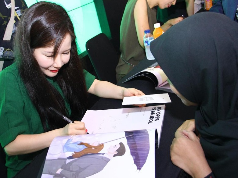 Webtoonist My Oppa is an Idol Siapkan Kejutan untuk Episode Terbaru Foto: Line Webtoon Indonesia