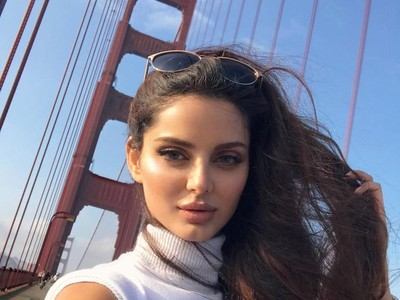 Foto: Travelingnya Model Cantik yang Mirip Aishwarya Rai