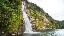 Resep Awet Muda: Mandi di Air Terjun Binangalom