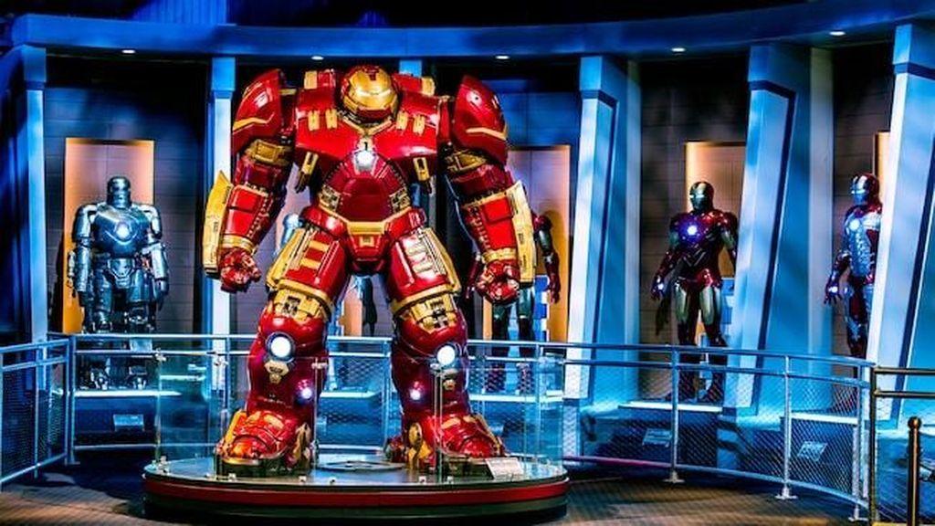 Mengabadikan Stan Lee di Wahana Marvel Disneyland