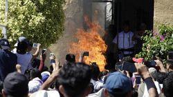 2 Pria Meksiko Dibakar Hidup-hidup karena Desas-desus di WhatsApp