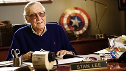 Stan Lee Sempat Idap Pneumonia, Yuk Kenali Gejalanya