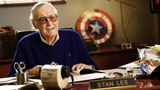 Stan Lee Meninggal Dunia Hingga Seksinya Sophia Latjuba