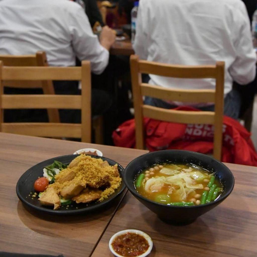Harga Nasi Bebek yang Dimakan Jokowi di Singapura Rp 106 Ribu