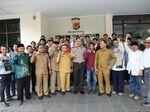 Tolak Diskusi Khilafah, Polisi Dapat Dukungan dari Sejumlah Warga