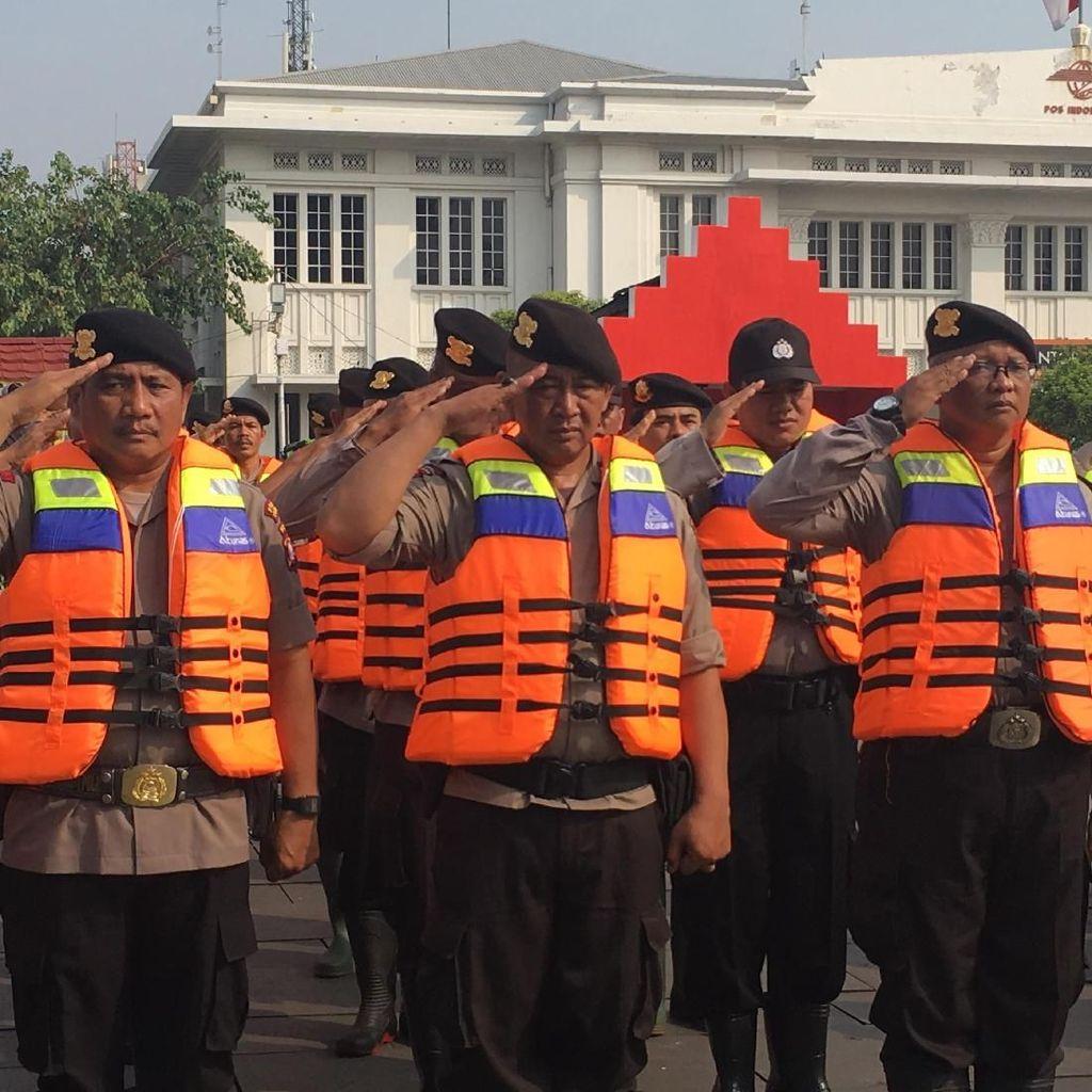 Video: Polres Jakbar Siagakan Pasukan untuk Antisipasi Banjir