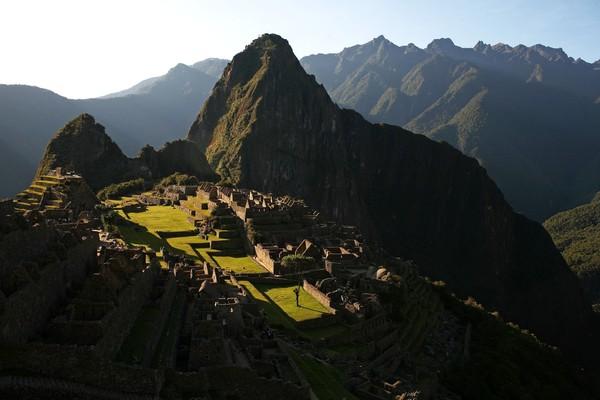 Dari kemegahannya kita dapat melihat bagaimana majunya konstruksi bangunan Inca pada masanya. Semuanya murni dari batu tanpa bantuan semen atau apapun. (Brent Stirton/Getty Images)