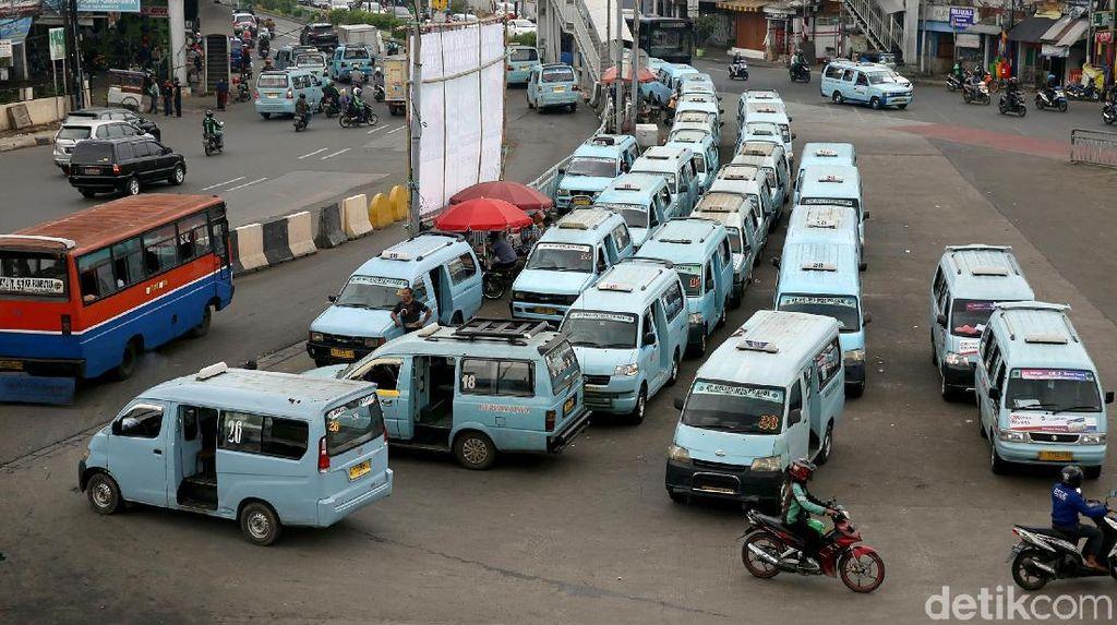 Pengamat: Jakarta Sulit Punya Transportasi Umum Mirip Singapura