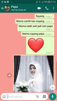 Intan mengirim foto pernikahannya ke WhatsApp mendiang calon suaminya