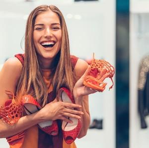 Ada 5 Tipe Wanita Saat Berbelanja, Mana yang Paling Sehat?