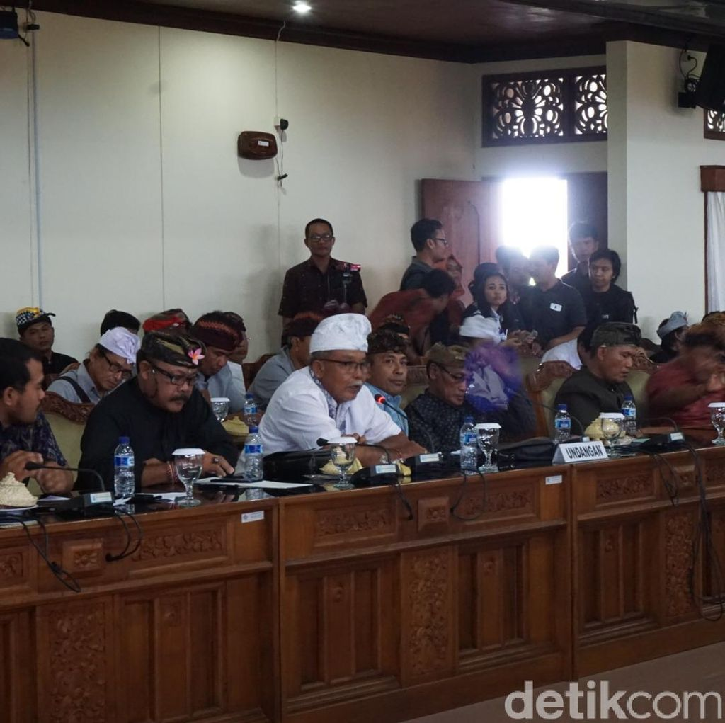 11 Jukir di Sanur Di-OTT Pungli, Warga Adat Ngadu ke DPRD