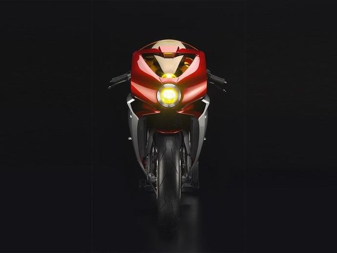 MV Agusta menyebut motor konsep ini sebagai Superveloce 800. Motor ini dibuat untuk membangkitkan memori orang kepada legenda Meccanica Verghera.