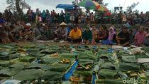 Ratusan Petani Lintas Agama Berdoa Minta Hujan