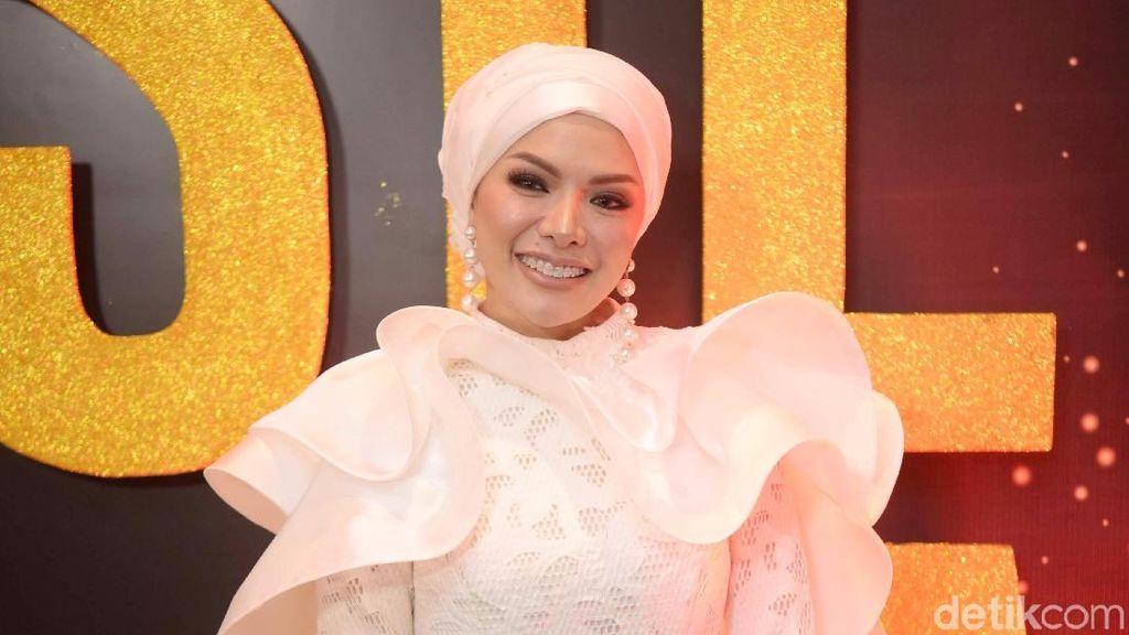 Dituding Jiplak Home Theater Kylie Jenner, Nikita Mirzani Geram