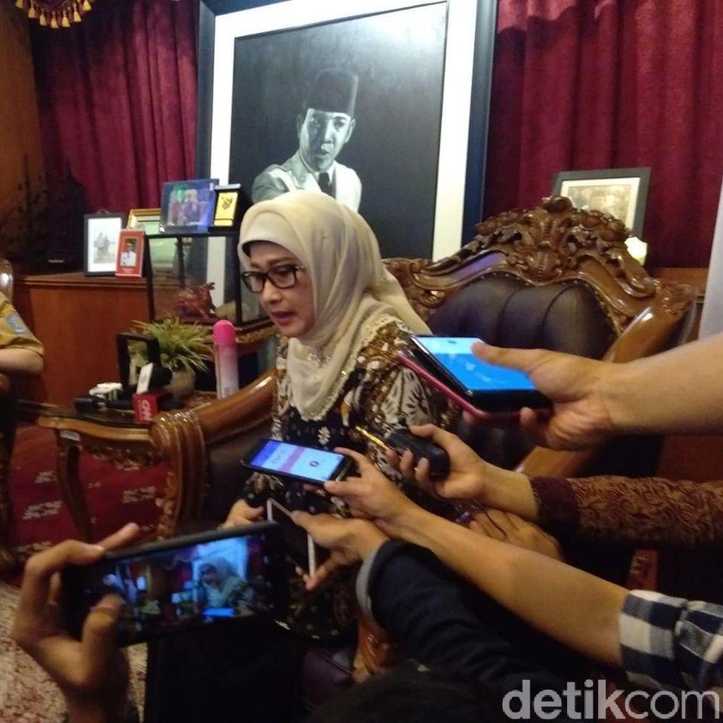 Bupati Indramayu yang Mundur Menyesal Tak Urus Ibu Sebelum Meninggal