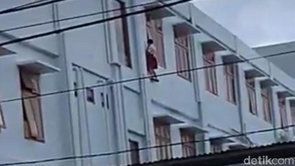 Tak Ada Teralis Jendela Lantai 3 tempat Siswa SD di Sleman Jatuh