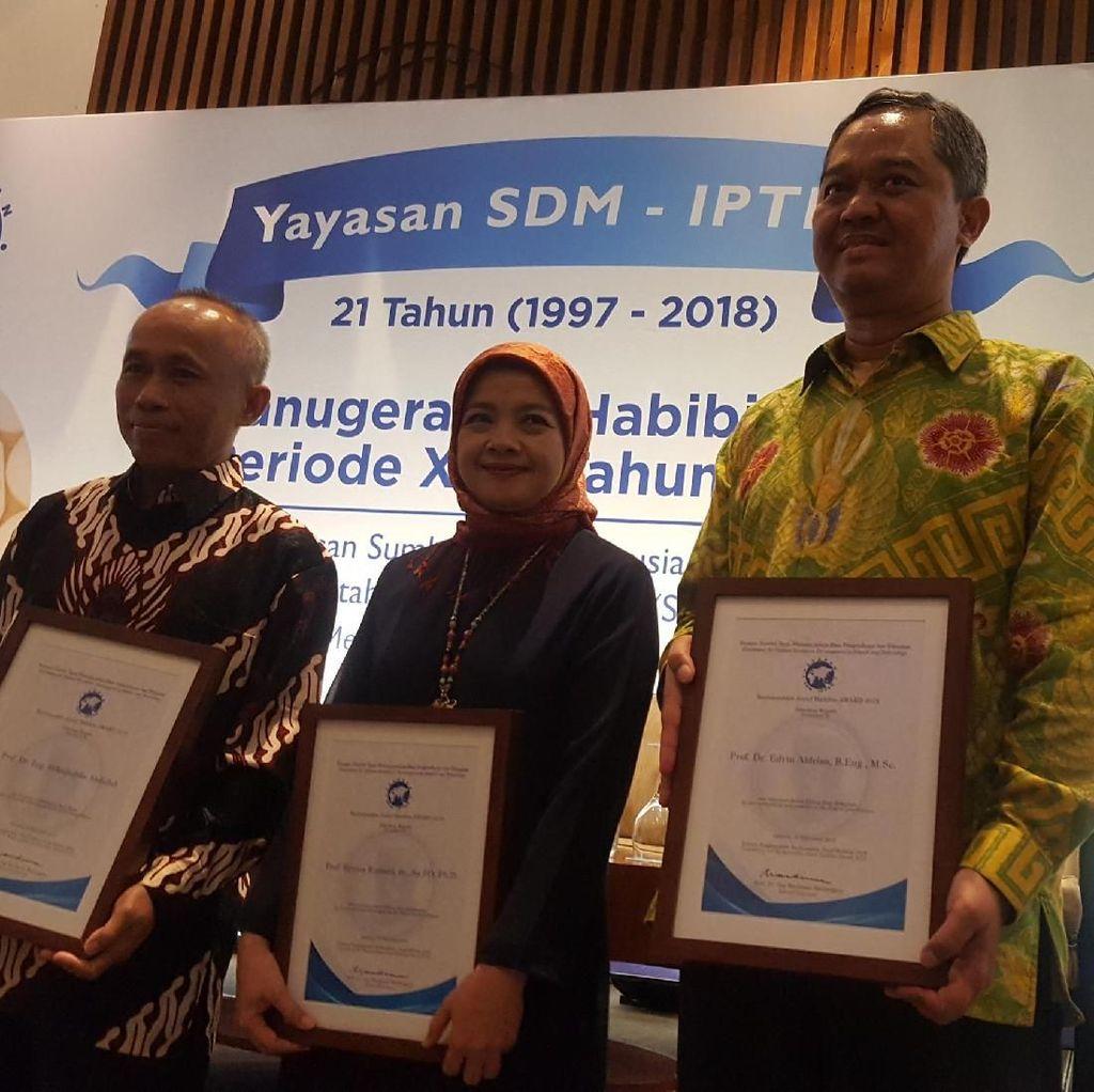 Berjasa di Bidang IPTEK, 3 Ilmuwan Diganjar Habibie Award