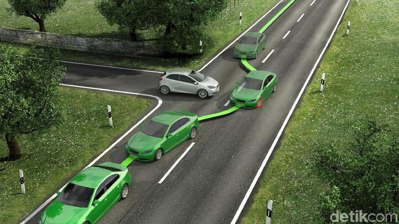 Dengan ESP mobil bisa bermanuver dengan aman dan terhindar dari tergelincir Foto: Bosch