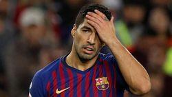 Fans PSV Mau Ejek Luis Suarez, Eh yang Muncul Denis Suarez