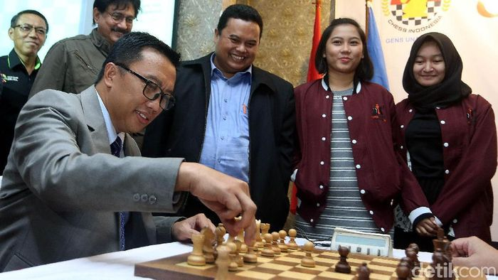 Menpora Imam Nahrawi menginstruksikan kontingen Indonesia ke SEA Games 2018 didominasi atlet muda. (Rengga Sancaya/detikSport)